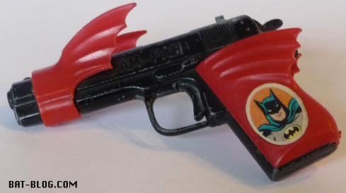 vintage-batman-toy-gun-foreign