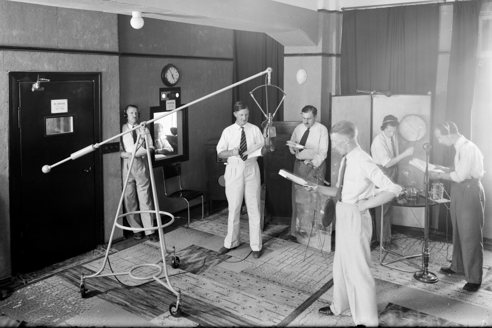 hollywood russell and the case of dead air in studio two